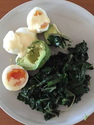 spinach, avocado and eggs