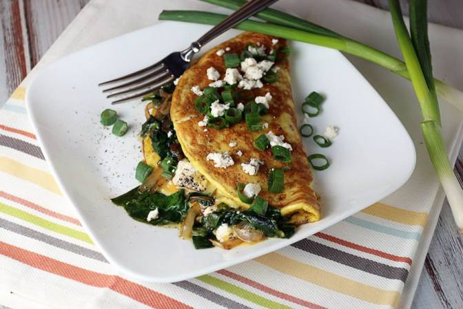 spinach, onion and goat cheese omelette