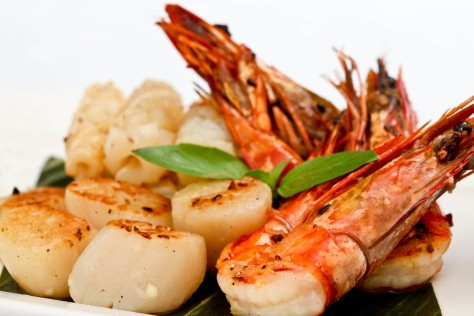 seafood-salad-5616x3744-shrimp-scallop-greens-738