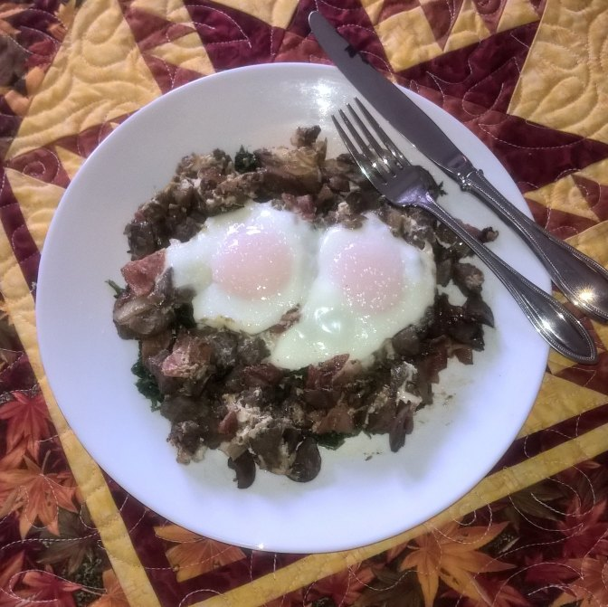 eggs florentine with chicken livers and bacon